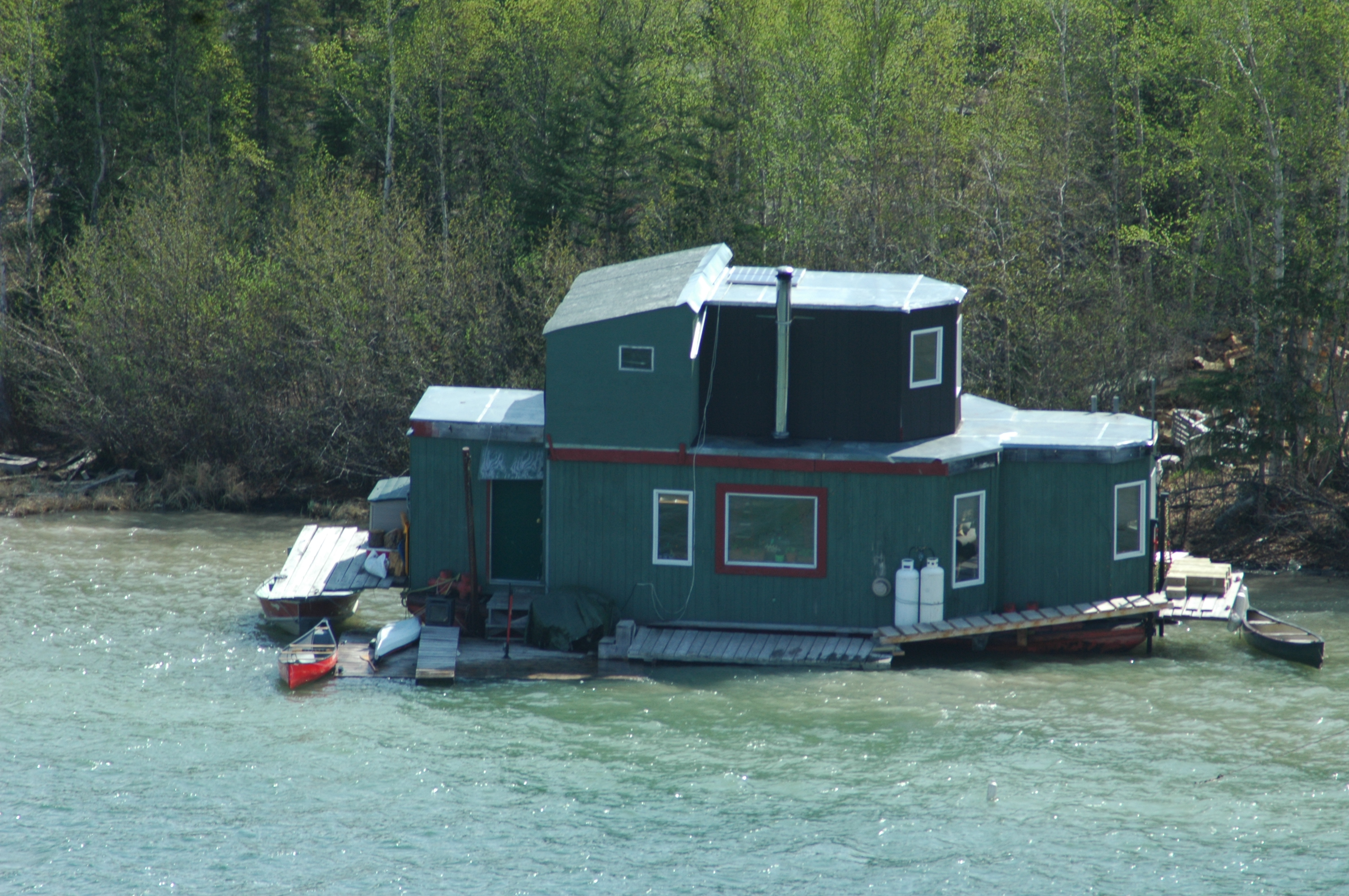 Yellowknife - House Boat