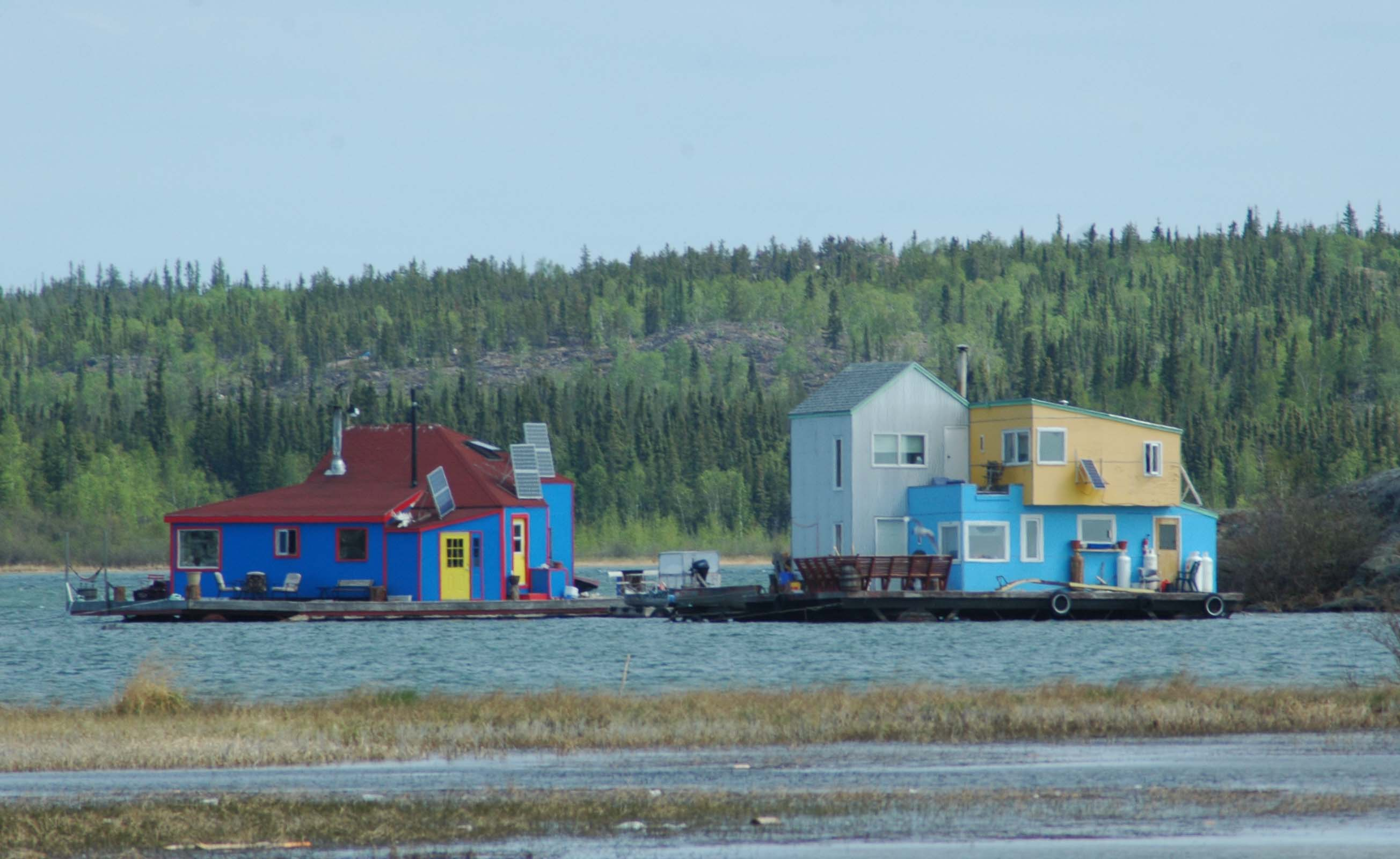 Yellowknife - House Boats