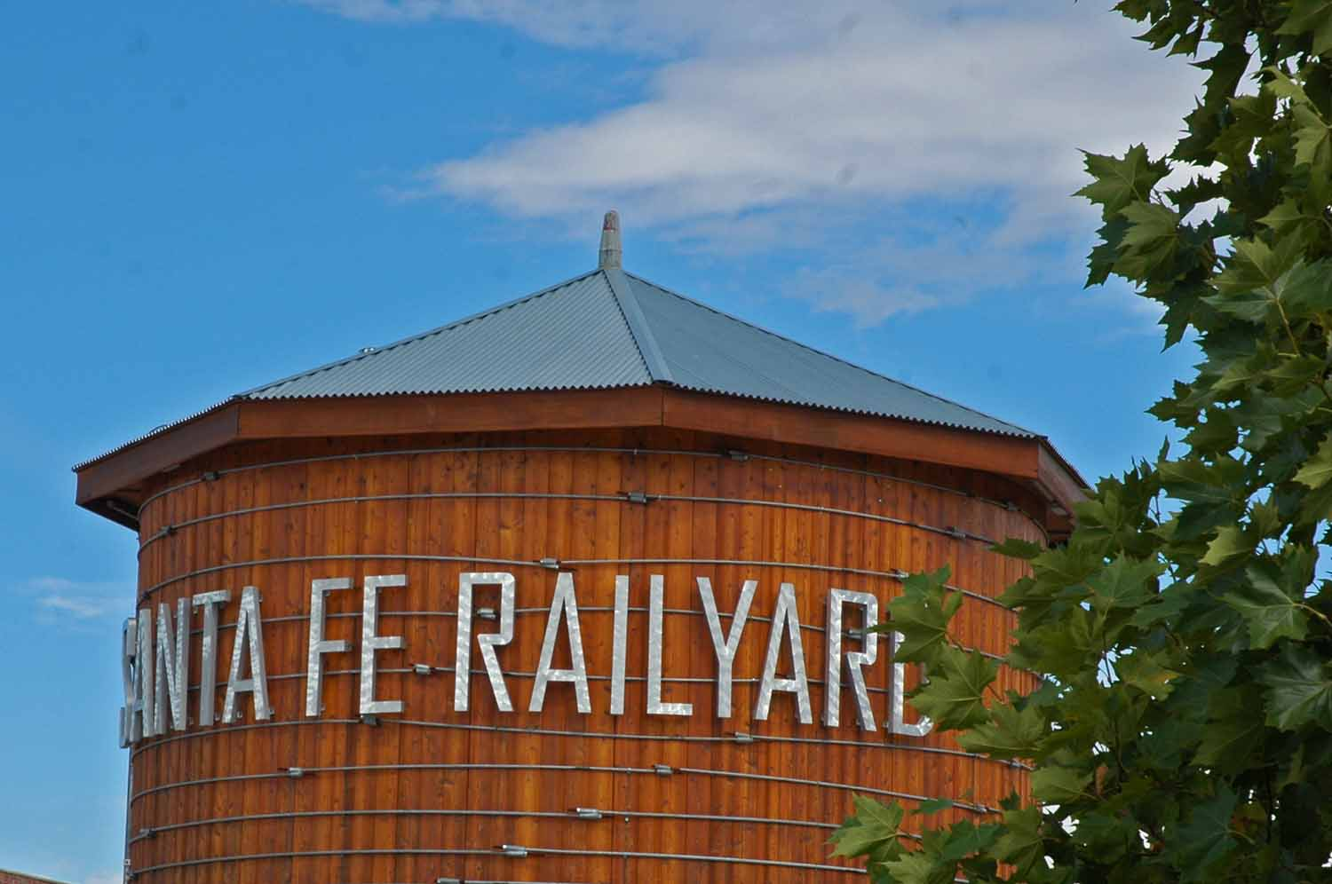 Railyard farm market