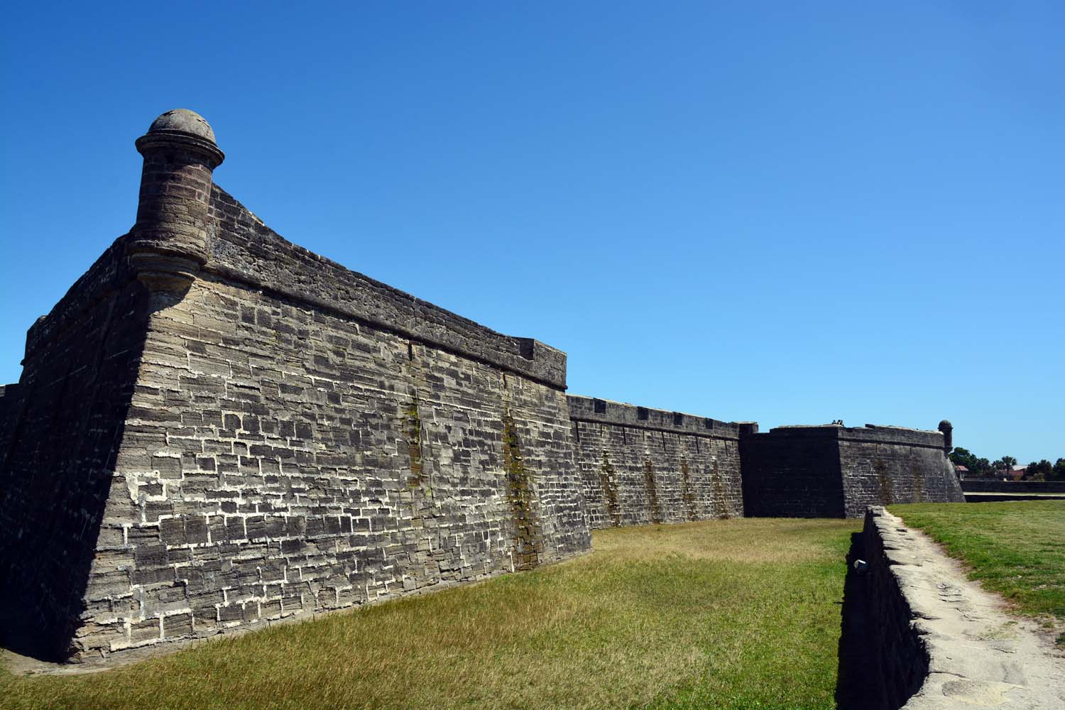 Castillo de san Marcos west wall still looking good
