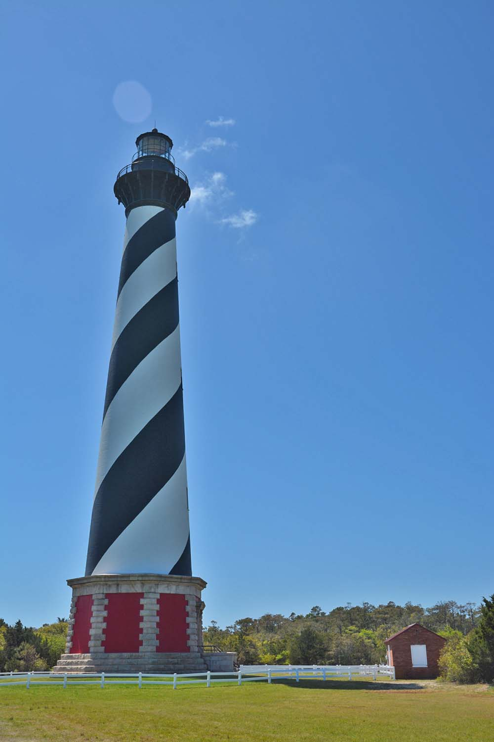 Cape Hatteras lighthouse is big
