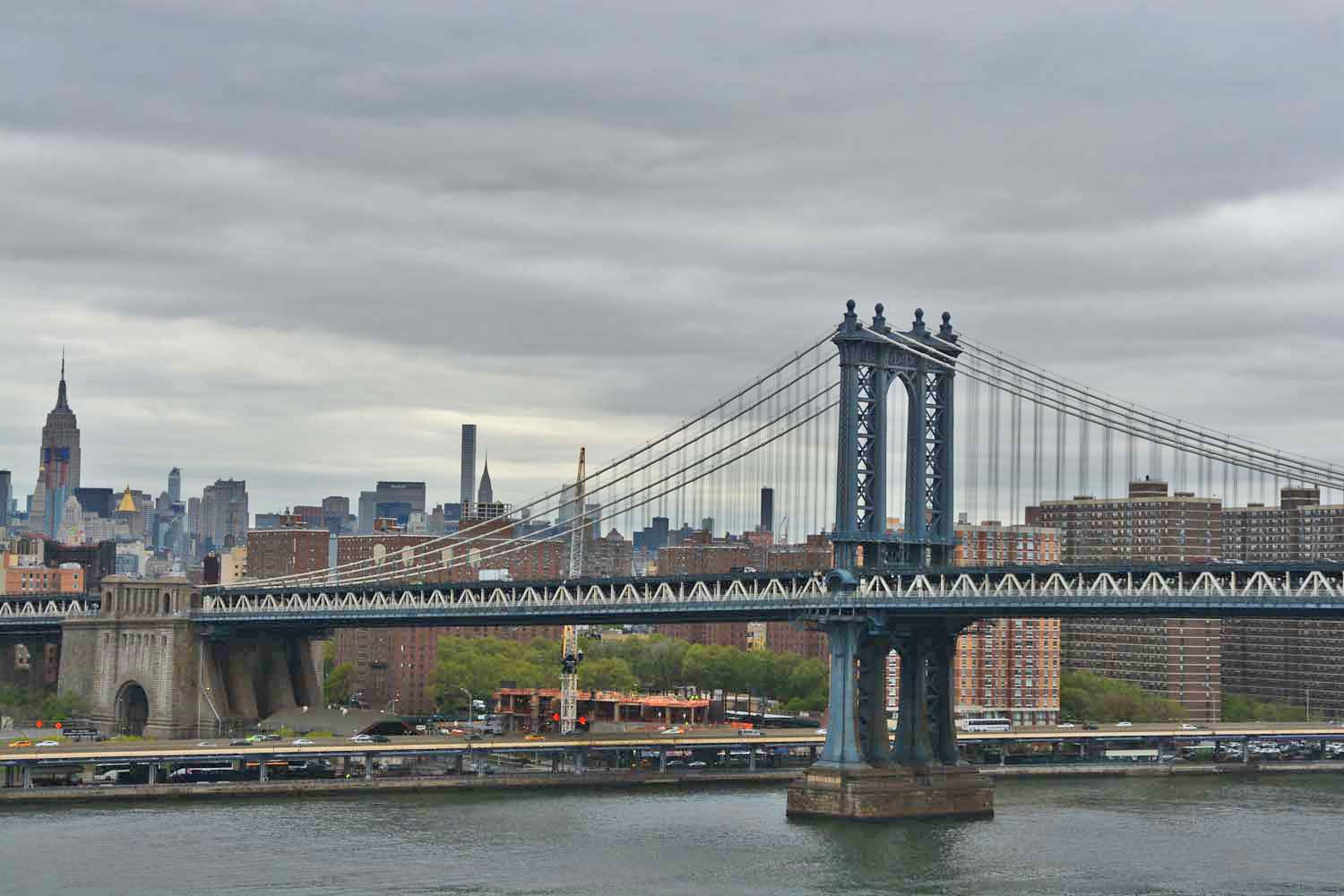 Manhattan Bridge to the left