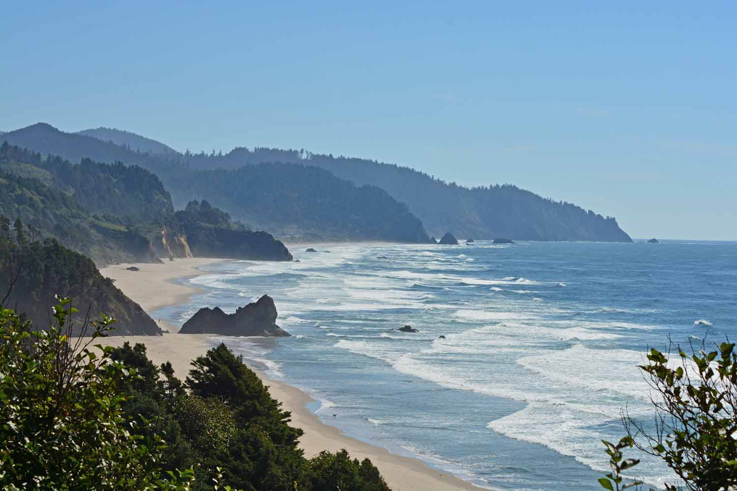 The Oregon coast is gorgeous.  The drive on 101 heading south was a rewarding experience.