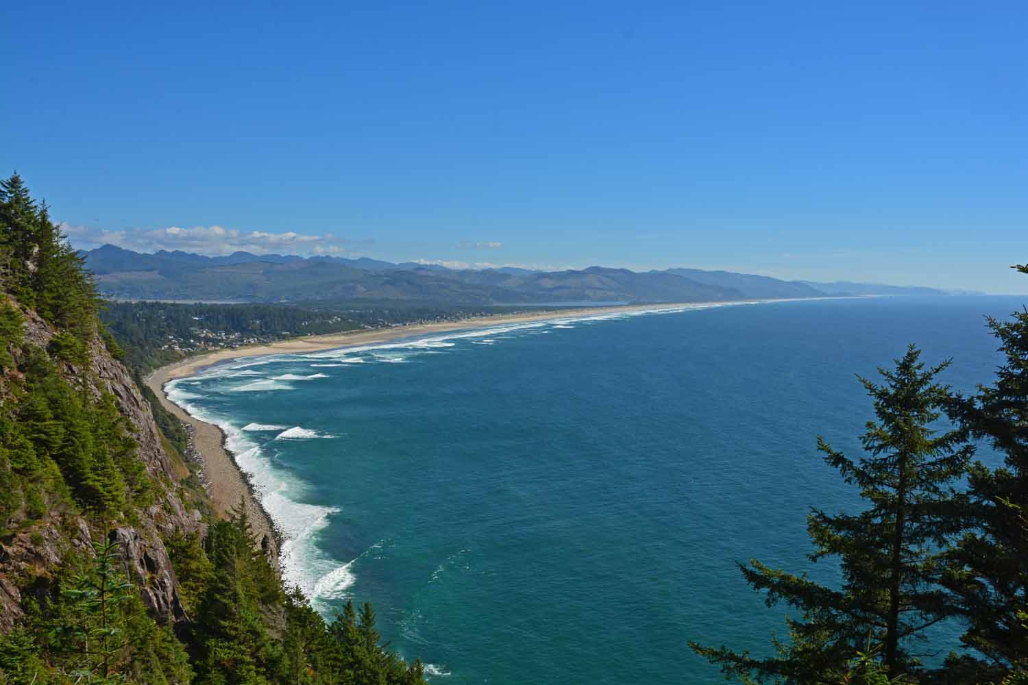 Oregon State Park system provides many well done turn outs and camping opportunities.  This shot has taken from a strategically placed view point.