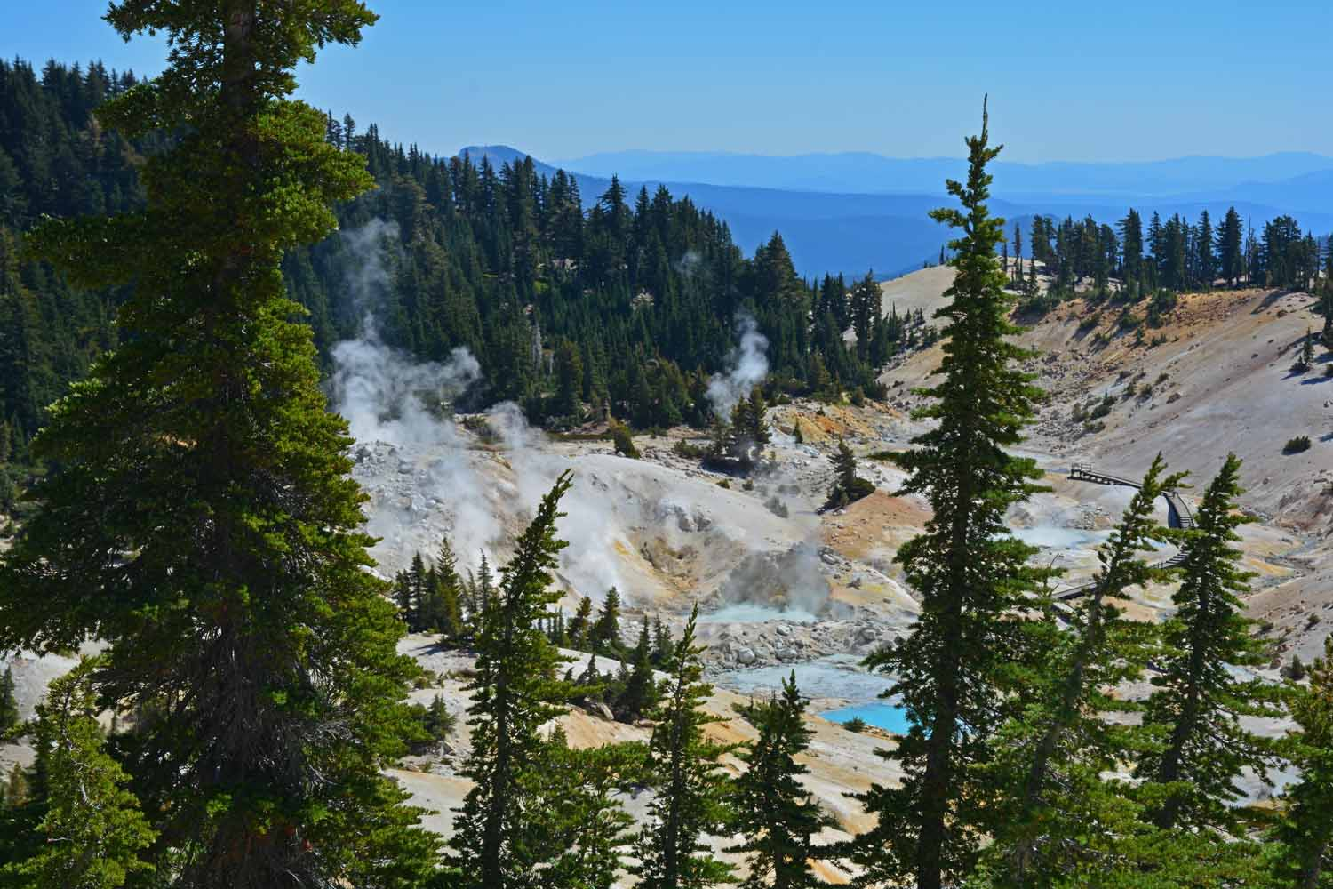 This park has many active hydrothermal areas.