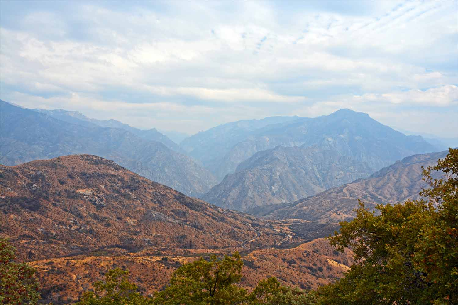 More mountain views of the Sierra Nevada's.