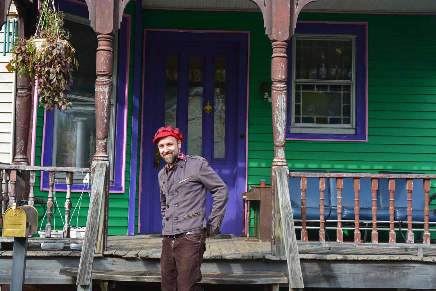 Mark in front of his Kingston hangout...yes those are Mark colors!