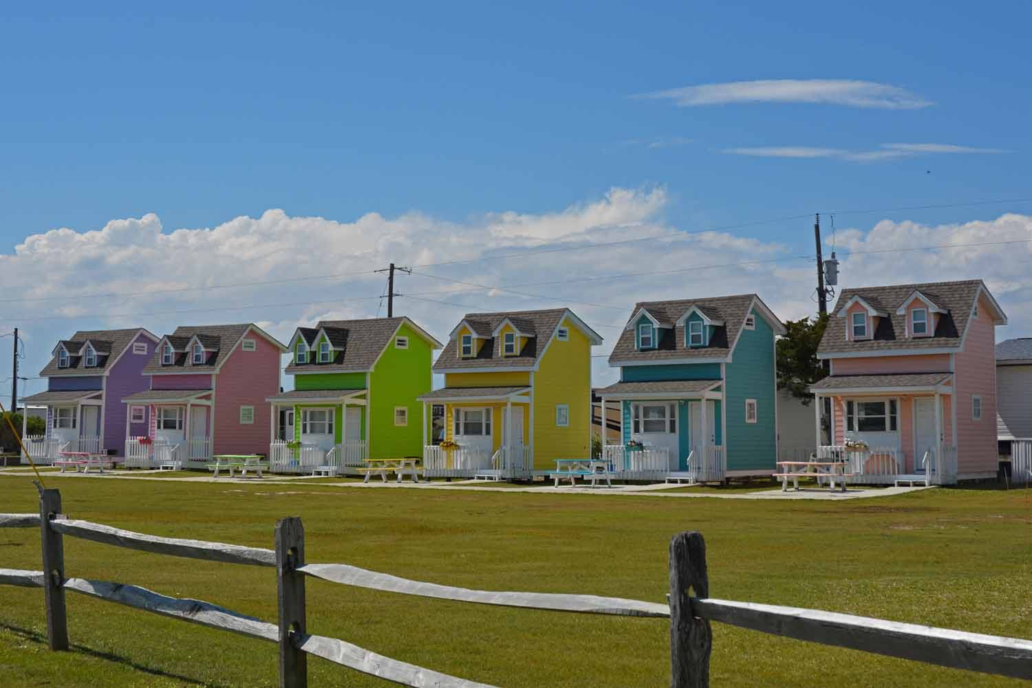 Colorful tourist hangout long the Cape Hatteras Seashores