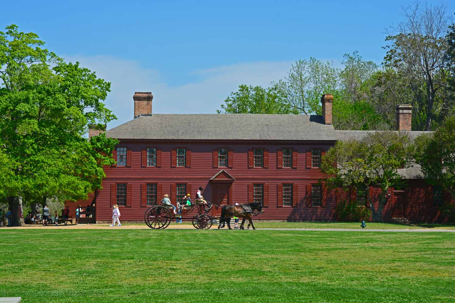 Colonial Williamsburg will hold your interest for several days if you let it.