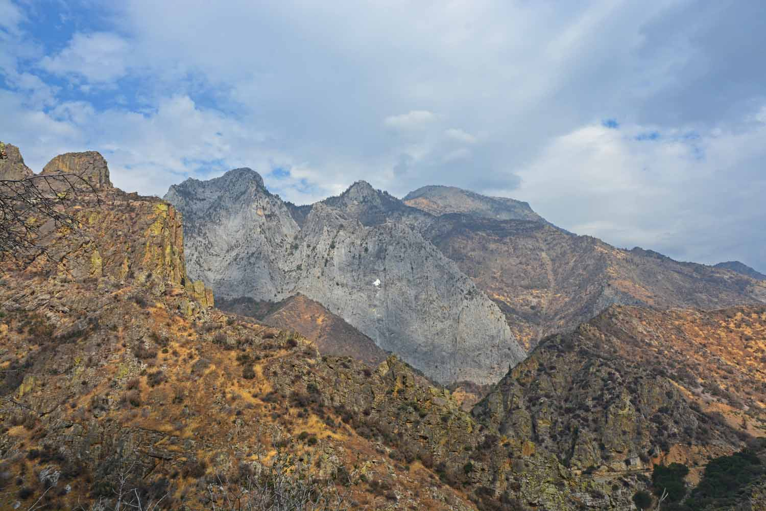 The mountains are always different in size and color...Kings Canyon was no exception